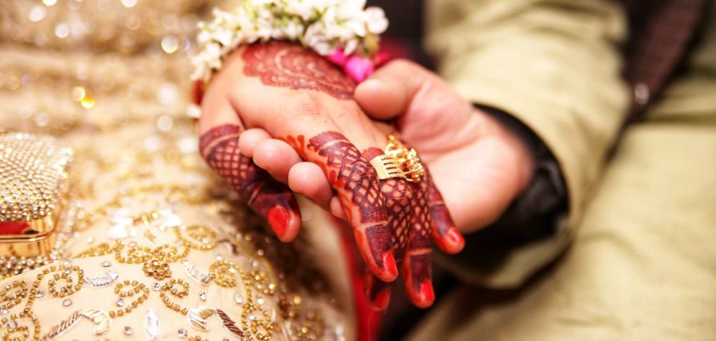 What Do Indian Henna Tattoos Mean? | The Skull and Sword