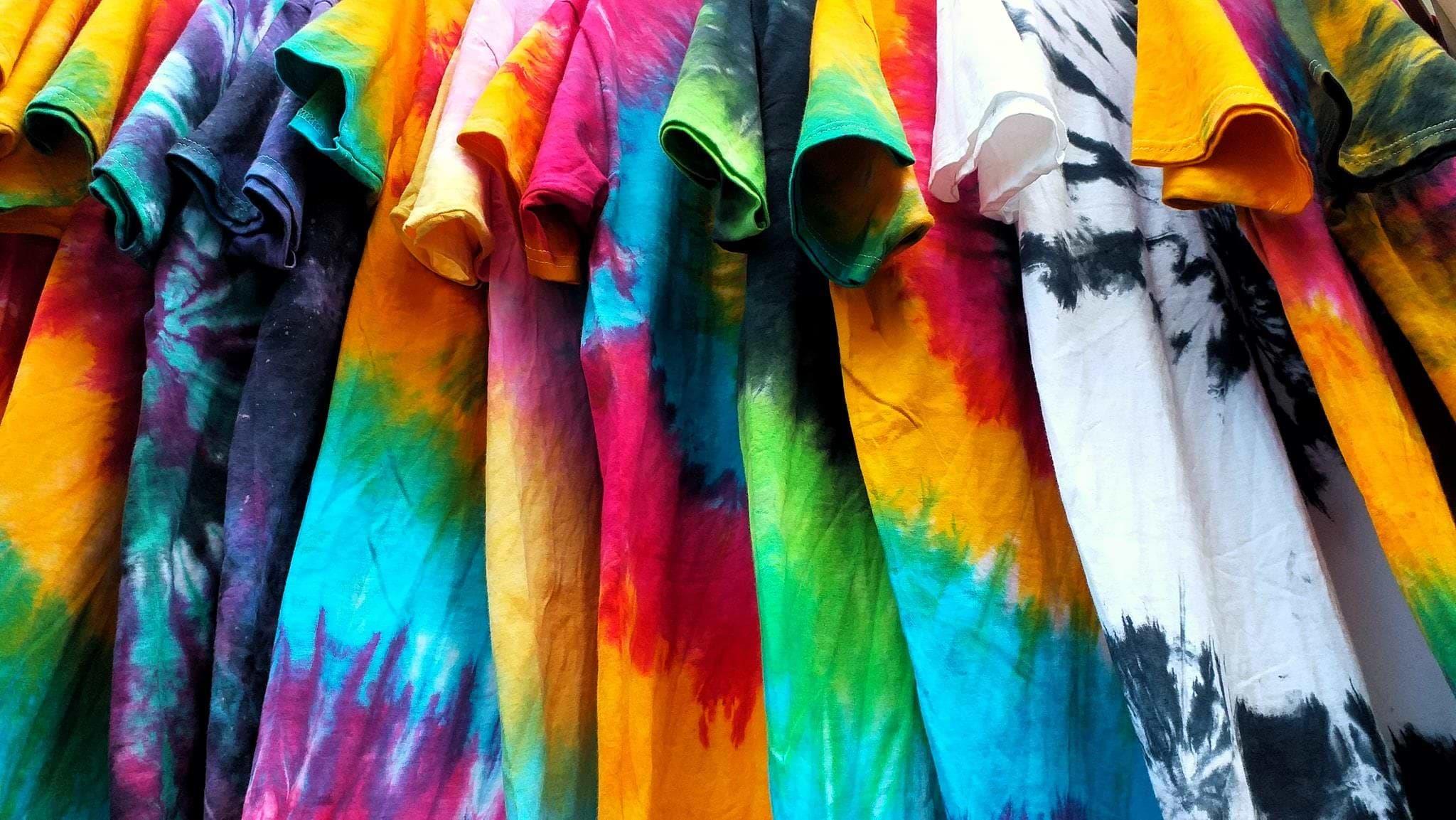tie-dye-shirts