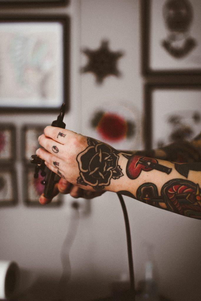 tattoo-black-rose-guy